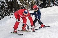 La sua prima lezione di sci!