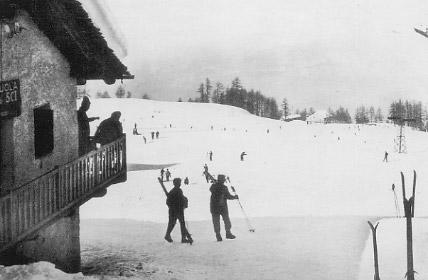 ecole de ski de pila l 39 histoire de l 39 ecole de ski de pila. Black Bedroom Furniture Sets. Home Design Ideas